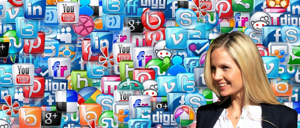 sosyal_medya_ikonlari_sarisin_kadin